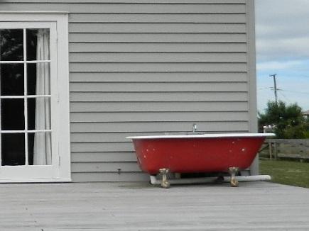 red outdoor bath