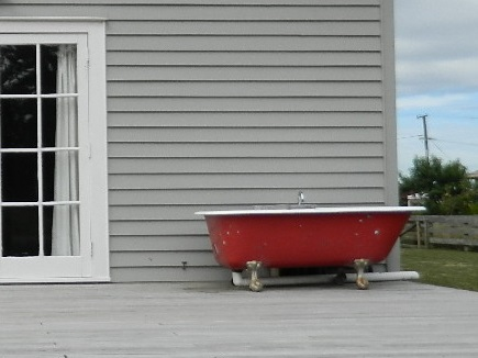 red outdoor bath